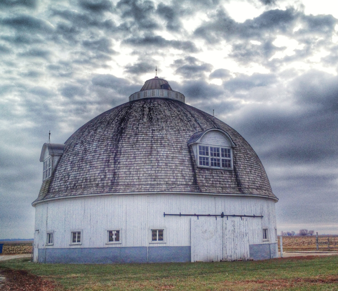 round barn Interglobe Genetics